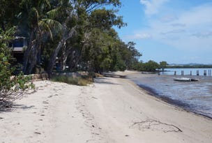 71 Coast Road, Macleay Island, Qld 4184