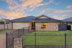 12 Jacquelyn Court, Oakey, Qld 4401