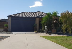 4 Rosella Grove, Cowes, Vic 3922