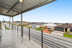 2/66 Camrie Road, Canning Vale, WA 6155