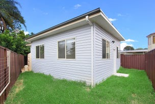 33a Solo Crescent, Fairfield, NSW 2165
