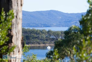 70 Blyth Parade, Great Bay, Tas 7150
