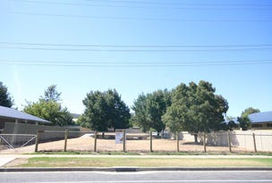 648 Pearsall St, Lavington, NSW 2641