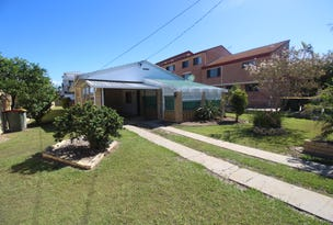 7 Ellen Street, Woody Point, Qld 4019