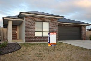 6 Flack Crescent, Boorooma, NSW 2650