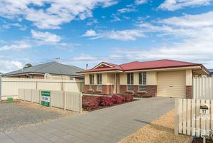 11 Cairns Crescent, Riverton, SA 5412