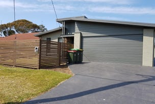 31 Griffiths Street, Oak Flats, NSW 2529