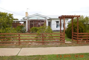 28 Dimboola Road, Nhill, Vic 3418
