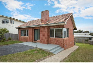 8 Lakeview Avenue, Merimbula, NSW 2548