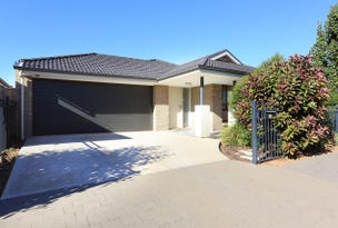 33 Small Crescent, Smithfield Plains, SA 5114