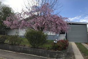 22 Fourth Street, Eildon, Vic 3713