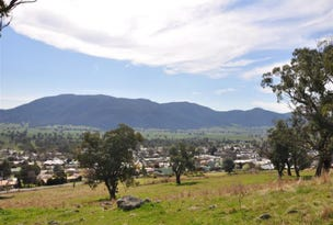 27 Jephcott Ave, Corryong, Vic 3707