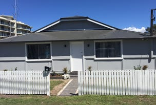 33 Torrens Ave, The Entrance, NSW 2261
