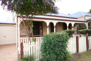 In Leyburn Crescent, Forest Lake, Qld 4078