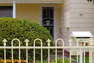 35 Docker Street, Marks Point, NSW 2280