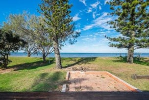 105 Biggs Avenue, Beachmere, Qld 4510