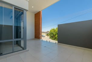 4/404 Flinders Street, Nollamara, WA 6061