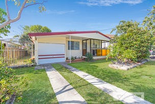 28 HIBISCUS AVE, Redcliffe, Qld 4020