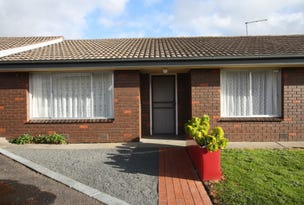 Wendouree, address available on request
