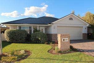 1 Caples Close, Kelso, NSW 2795