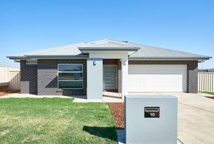 10 Devon Crescent, Gobbagombalin, NSW 2650