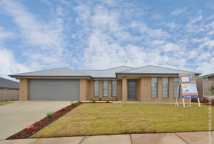 5 Beetson Street, Boorooma, NSW 2650