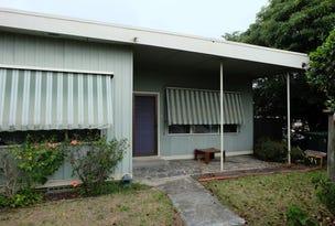28 Palmers Road, Lakes Entrance, Vic 3909