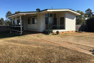 11 Campbell Street, Oakey, Qld 4401