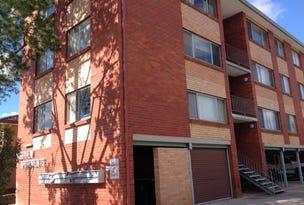 4/67 MacQuoid Street, Queanbeyan, NSW 2620