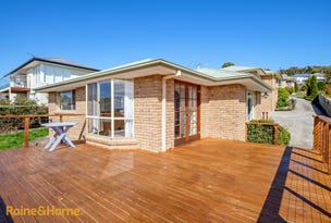 2/5 Donohoe Gardens, Kingston Beach, Tas 7050