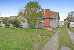 8 Boronia Grove, Wendouree, Vic 3355
