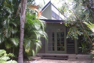 15 Winifred St, Nelly Bay, Qld 4819