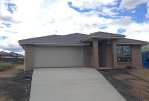 17 Reginald Drive, Kootingal, NSW 2352