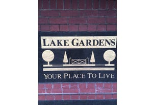 Lake Gardens, address available on request