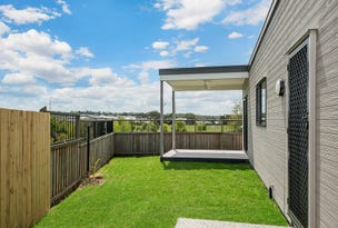 2/7 Woodroffe Cr, Redbank Plains, Qld 4301