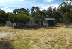 379 Watters Road, Ballandean, Qld 4382