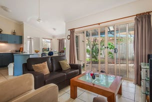 2 Glenwood Place, Twin Waters, Qld 4564