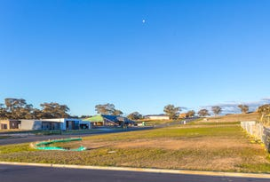 13 Connemara Drive, Orange, NSW 2800