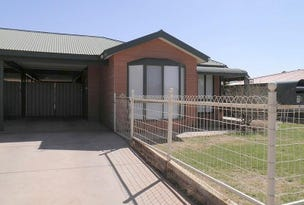 7B Wilaroo Street, Roxby Downs, SA 5725