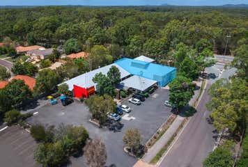 4 & 5/6 Swanbourne Way Noosaville, QLD 4566