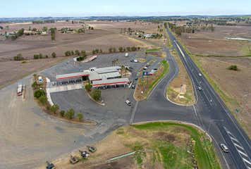 13015 Cunningham Highway Sladevale, QLD 4370