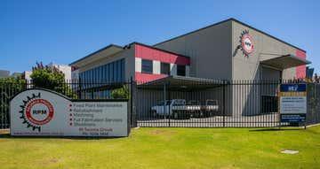 60 Tacoma Circuit Canning Vale WA 6155 - Image 1
