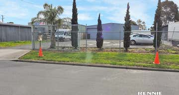 3 Centre Road Morwell VIC 3840 - Image 1