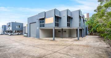 1/74 Secam Street Mansfield QLD 4122 - Image 1