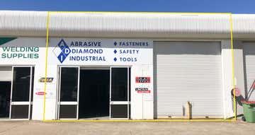 2/2 Kendor Street Arundel QLD 4214 - Image 1