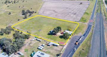 67 Campbell Street (Warrego Highway) Brigalow QLD 4412 - Image 1