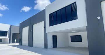 8/8 Distribution Court Arundel QLD 4214 - Image 1