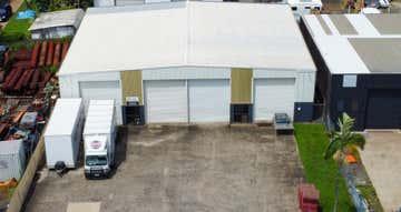 2/11-13 Bollard Street Portsmith QLD 4870 - Image 1