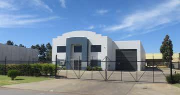 13 Tacoma Circuit Canning Vale WA 6155 - Image 1