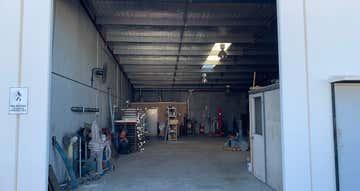 Unit 2, 10-14 Munt Street Bayswater WA 6053 - Image 1